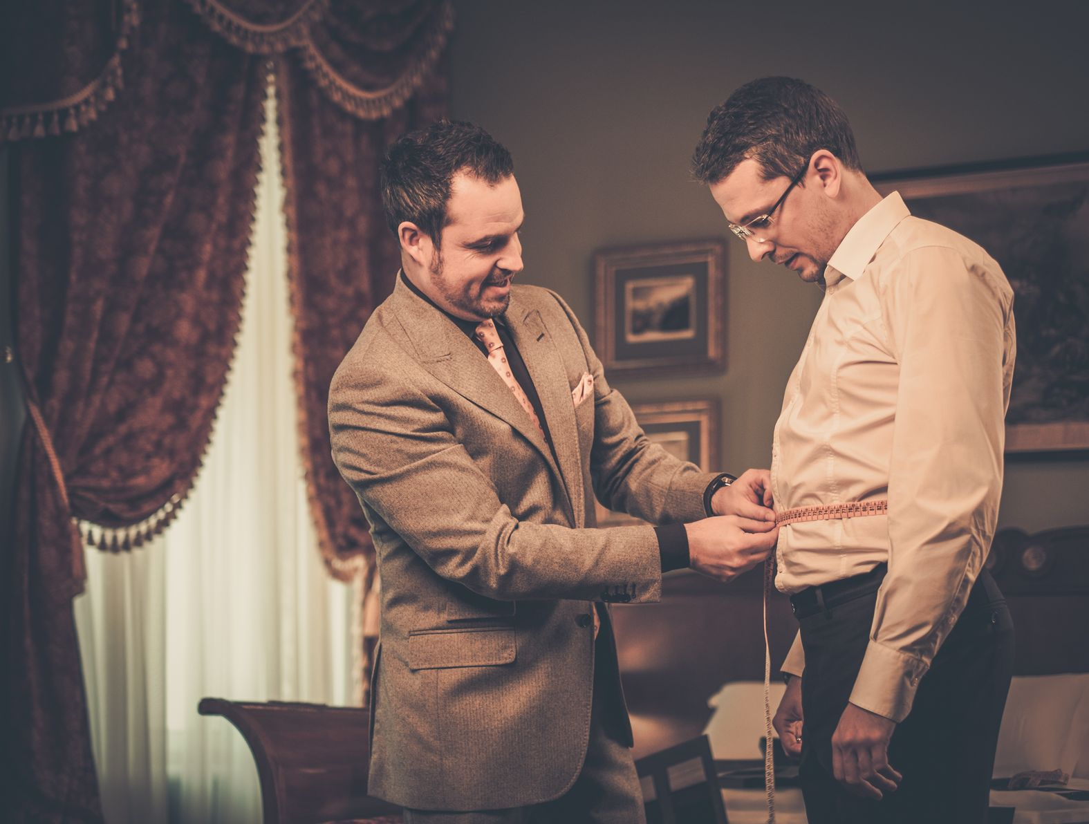 Why Custom Tailored Clothing Can Keep You Out of Trouble